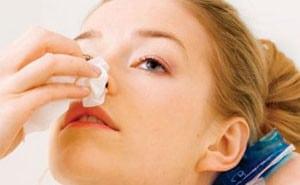Носовое кровотечение: причины у взрослых